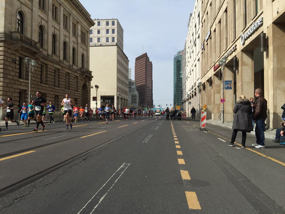 Der 36. Berlin Halbmarathon am Potsdamer Platz