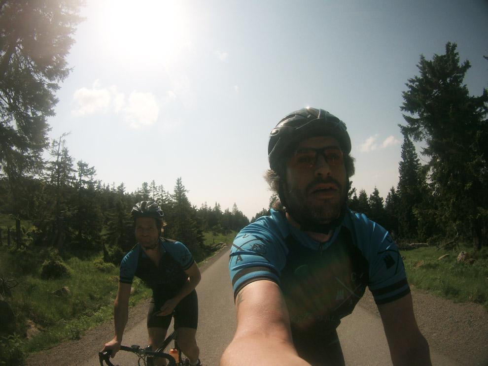 Auf dem Weg zum Gipfel - am Brocken blieb Luft für Späße ;-)