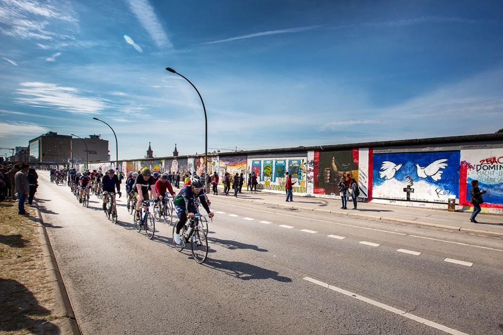 Die Strecke Velothon 2016 führt wieder an der East-Side-Gallery vorbei